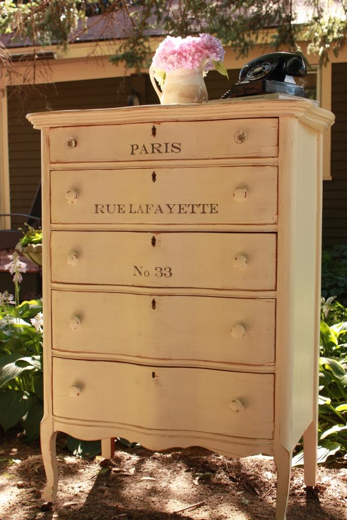 Rue Lafayette dresser.