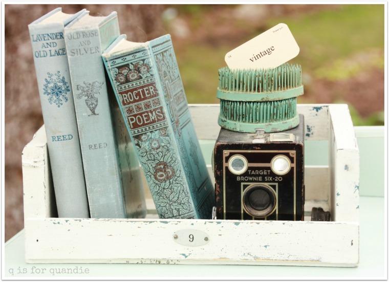 vintage dresser 3