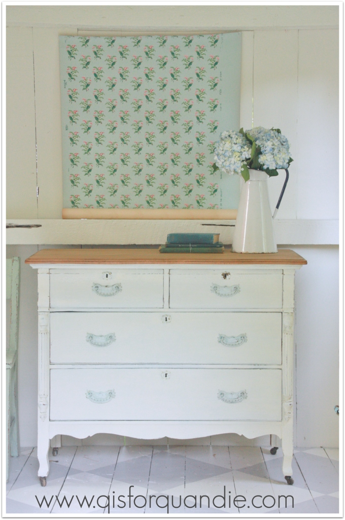 photo cottage linen white