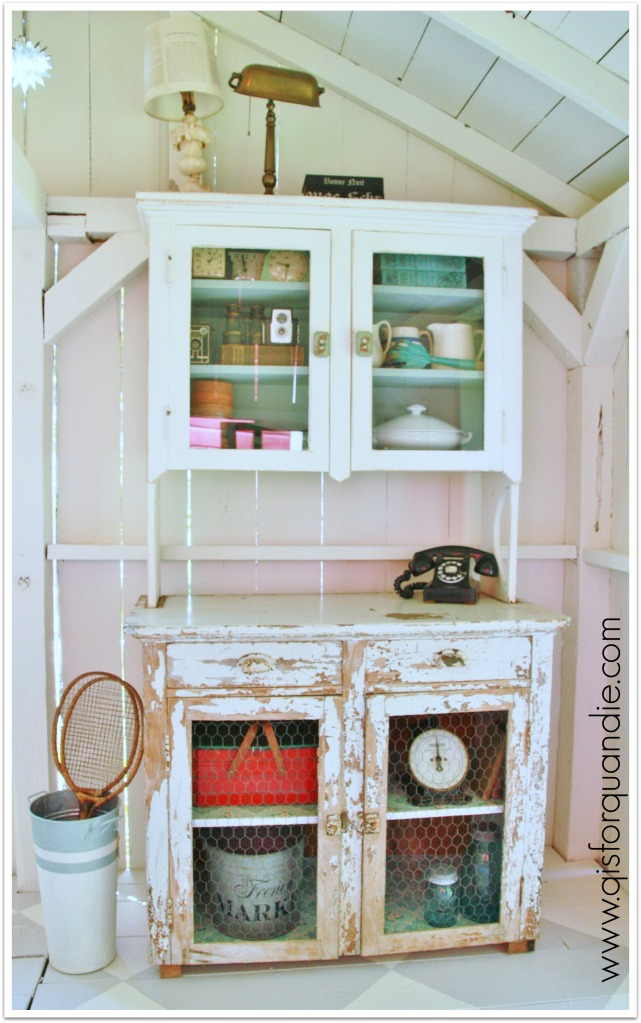 studio cabinet full