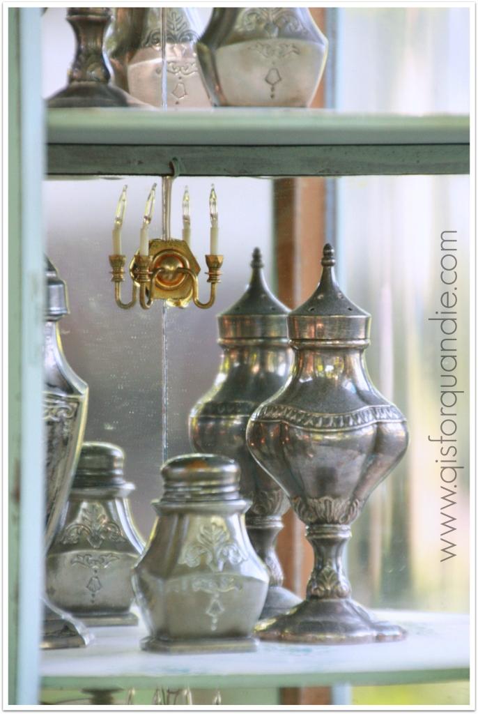 Sweetie Jane cabinet lights