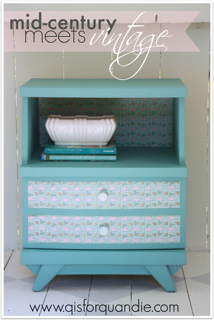 Provence nightstand