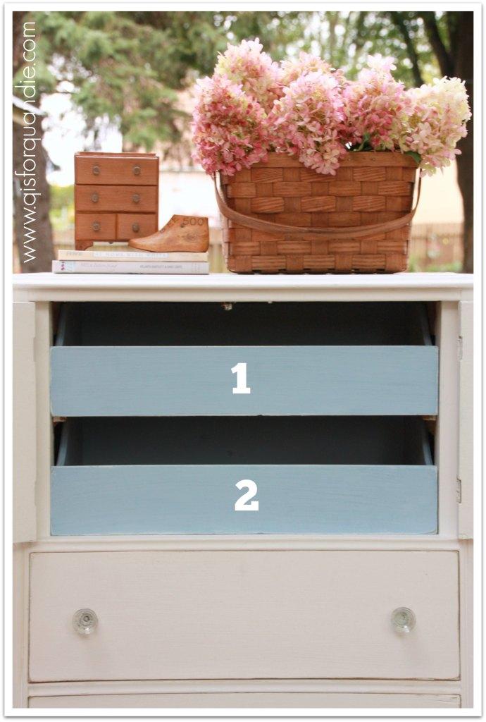 Paris numbered drawers