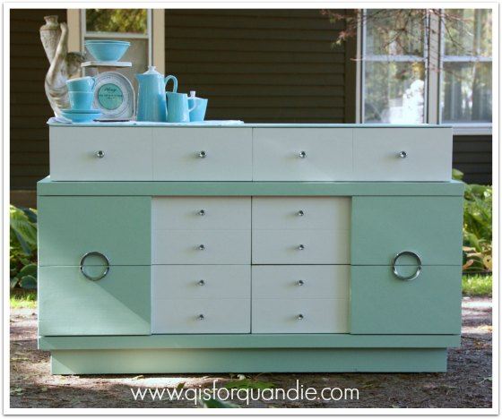 vintage blonde dresser painted in Aloe