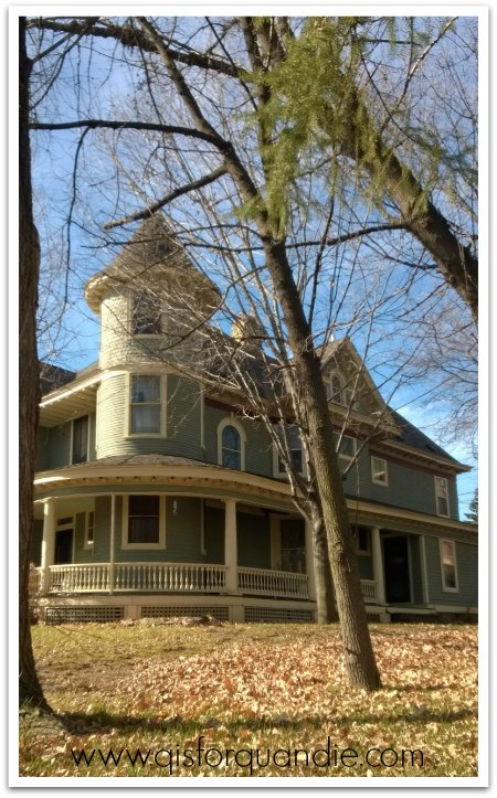 Carver house