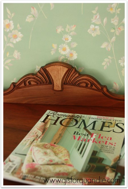 wintergreen top w magazines