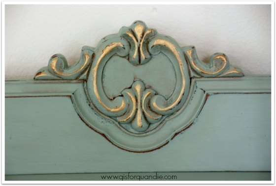 french dresser detail
