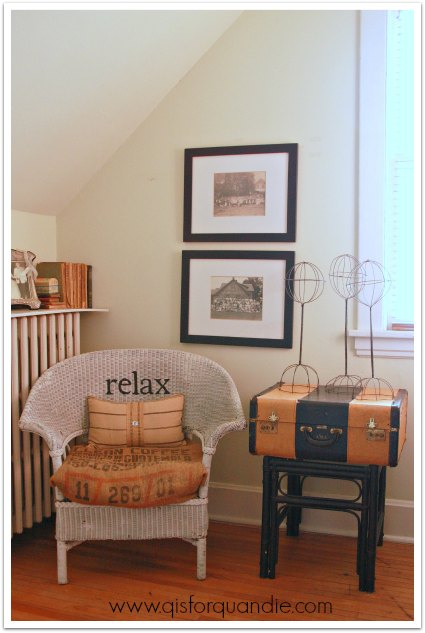 guest room chair and table
