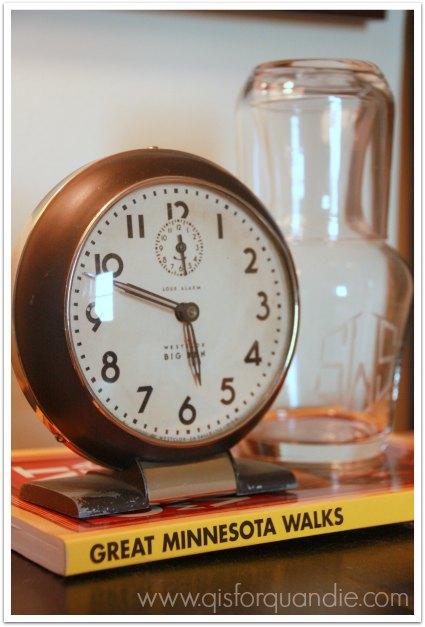 guest room clock