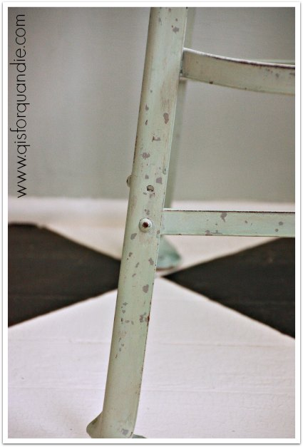 mint stool close up
