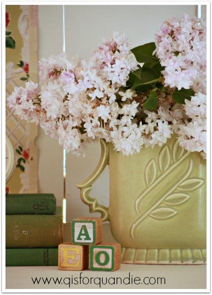 armoire lilacs