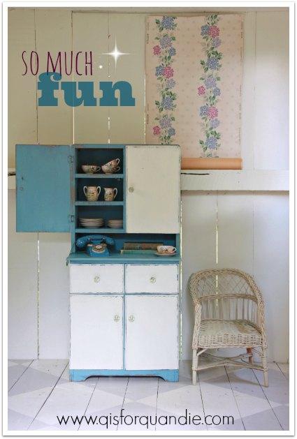 little cabinet 1