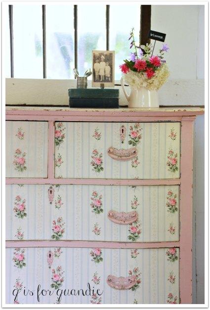 rose dresser corner