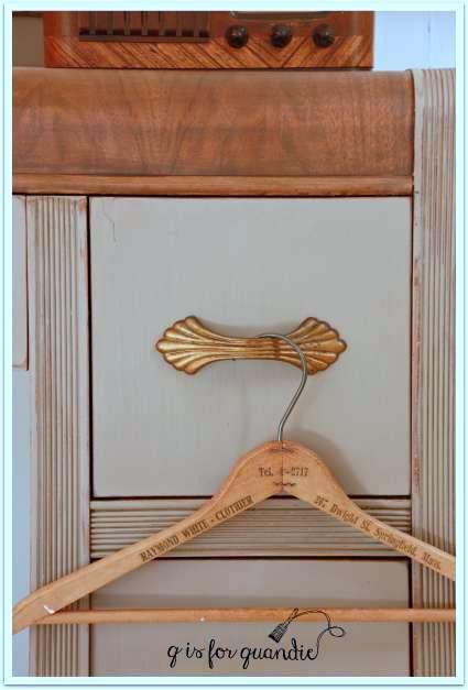 coc vanity drawer close up