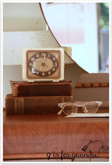 coco vanity clock