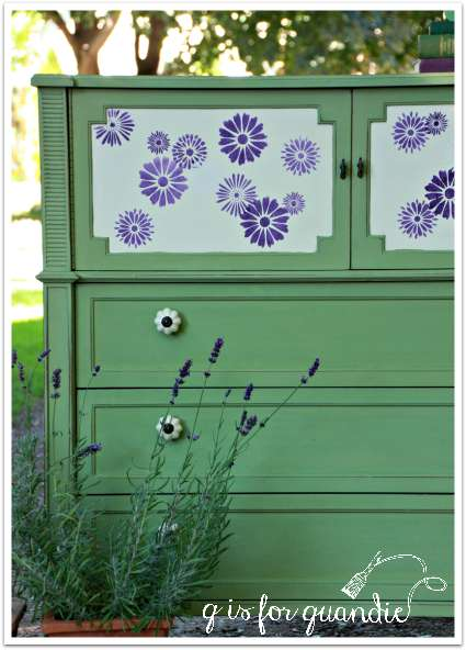 dressers and lavender