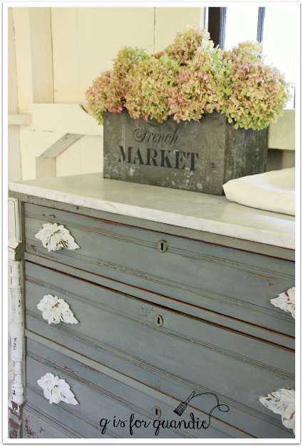marble dresser angle