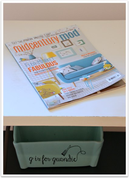 hair pin table magazine
