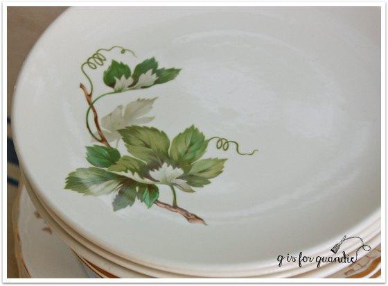 plates grapevine