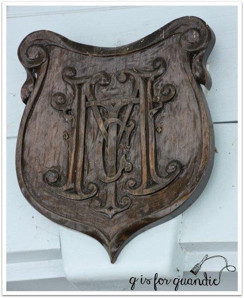 toms plaque