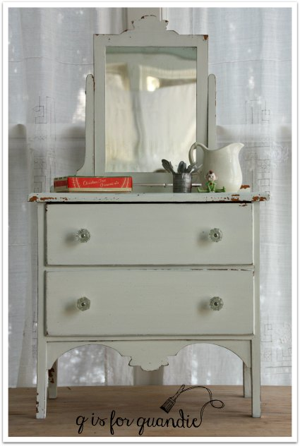 mini dresser without wreath