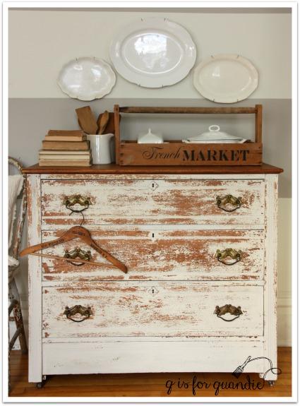 chippy dresser 1