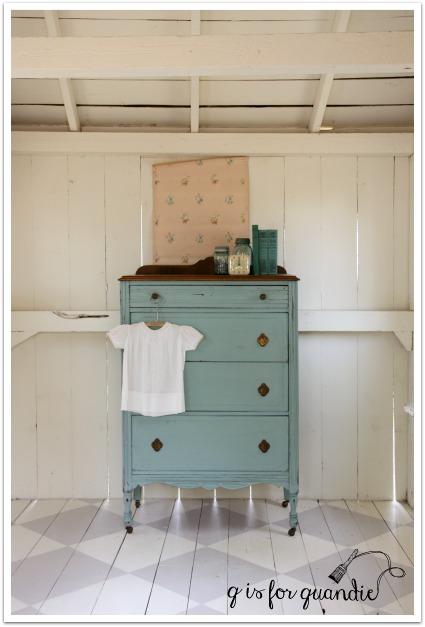 chippy dresser 2
