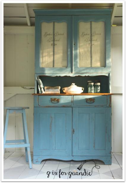 blue hutch