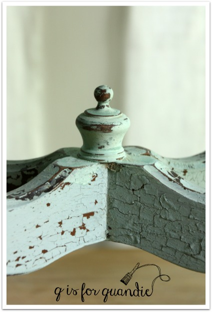 chippy finial