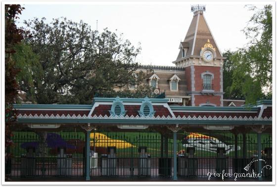 2009 Disney gate
