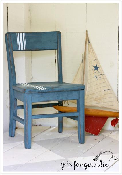 bue chair