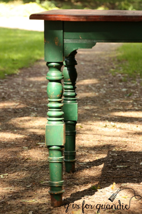 sap-green-table-legs