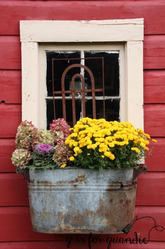 fall-boiler-planter
