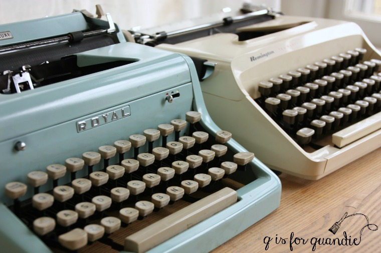 vintage-typewriters