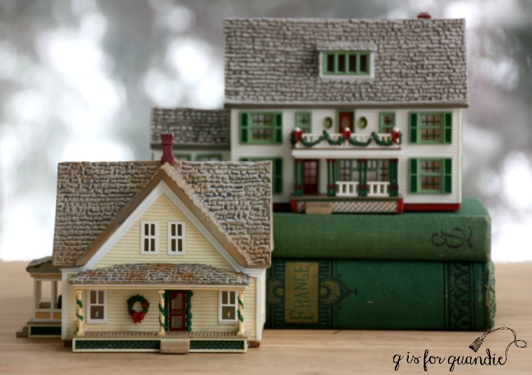 thrifty-christmas-houses