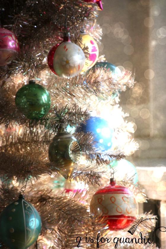 vintage-ornaments-4-853x1280
