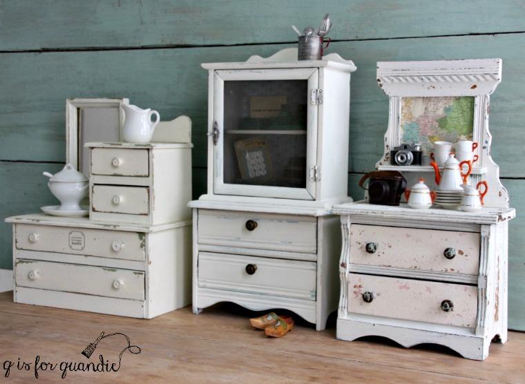 mini-white-dressers