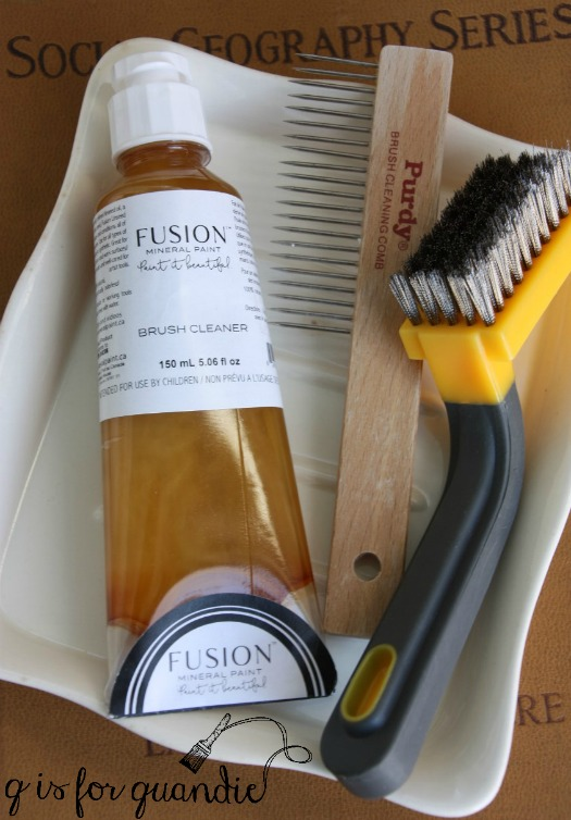 brush-cleaning-tools