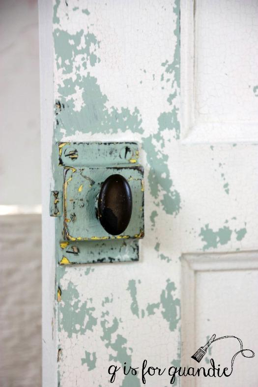 door-latch-closeup